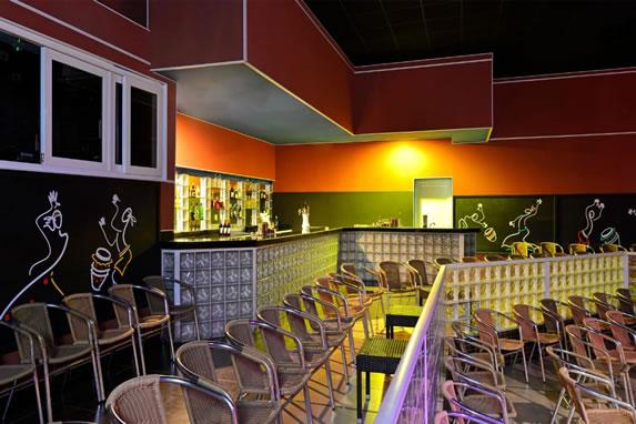Iberostar Tainos hotel theater bar