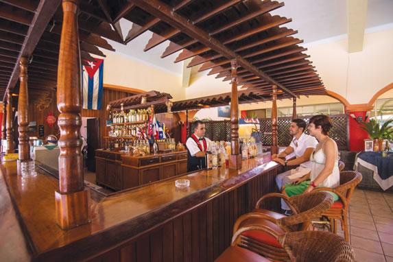 Bar at the Cuatro Palmas hotel