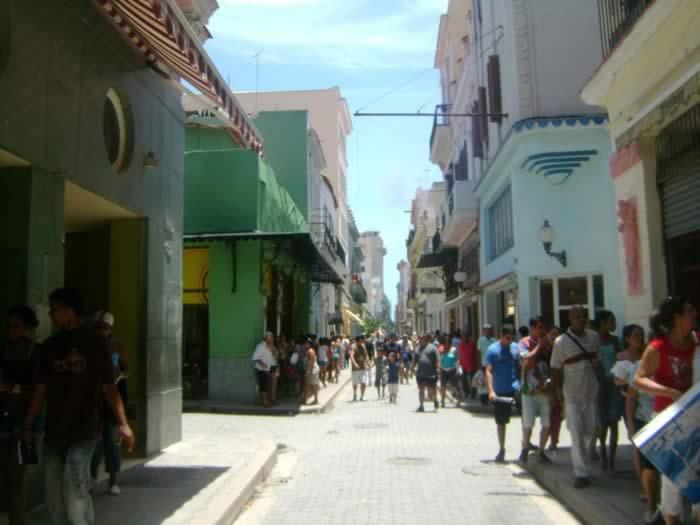Calle Obispo, La Habana, Cuba