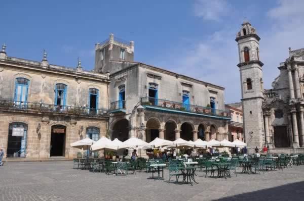 Plaza de La Catedral, Habana Vieja, Cuba