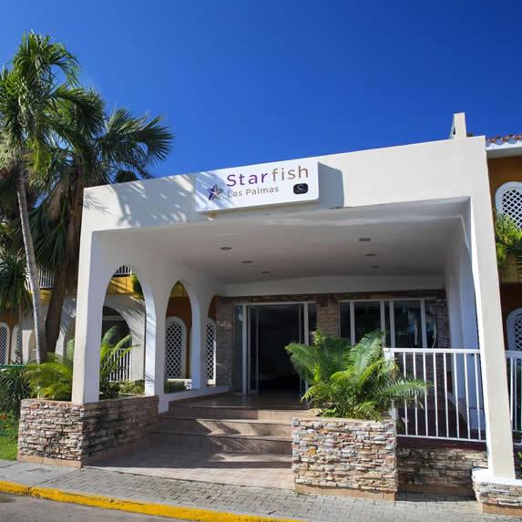 Entrance of the Starfish Las Palmas hotel