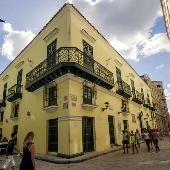 Fachada del hotel Valencia