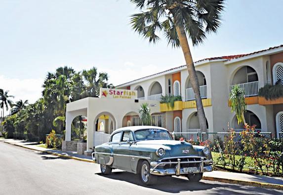 Facade of the Starfish Las Palmas hotel