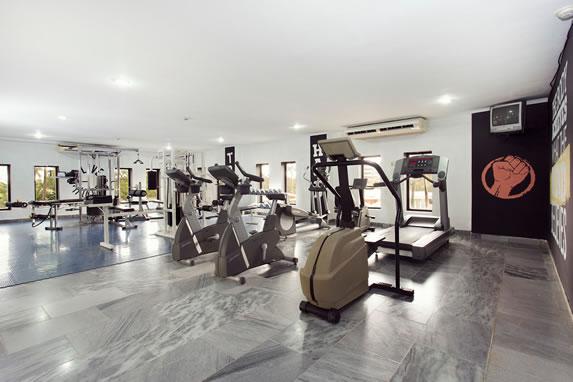 Treadmills in the Las Morlas hotel gym