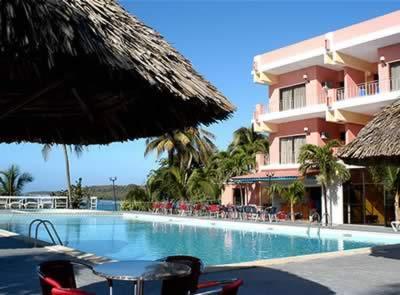 Hotel Faro Luna - Pool