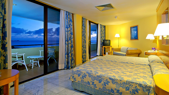 View of hotel room with view to the ocean