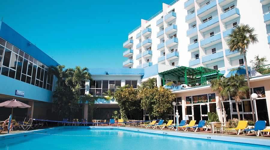 Hotel Acuazul Piscina
