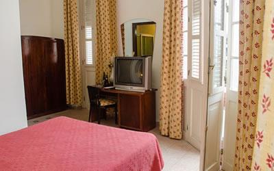 Hotel Ambos Mundos Habitacion