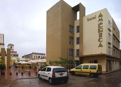 Facade of hotel América