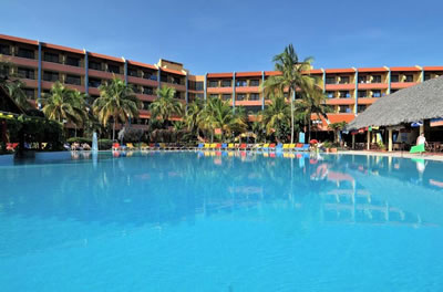 Hotel Brisas Guardalavaca Pool