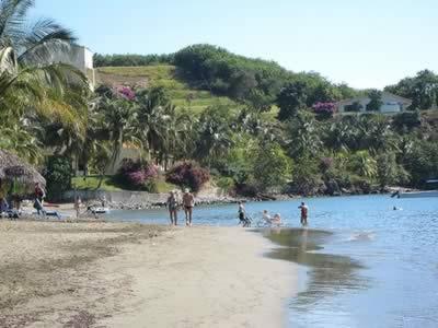 Vista de la Playa del Hotel Brisas Sierra Mar