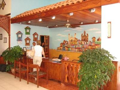 Recepción del Hotel Brisas Siierra Mar