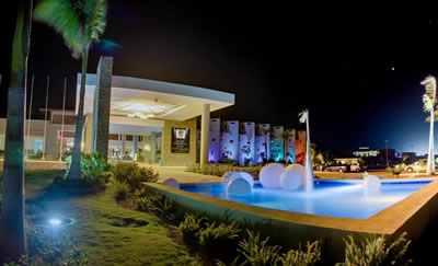Hotel  Cayo Santa Maria entrada noche