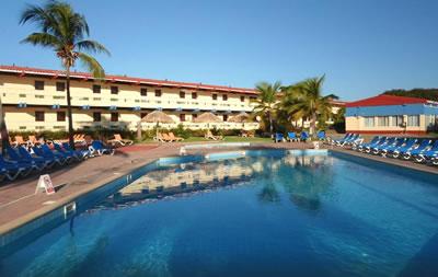 Hotel Club Amigo Costasur Pool