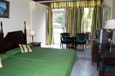 Hotel Club Amigo Marea Del Portillo Room