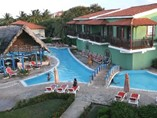 Pool of Hotel Colonial Cayo Coco