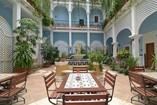 Patio interior del Hotel Encanto Barcelona ,Cuba
