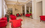 Hotel Santa Maria Lobby