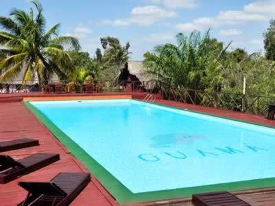Pool of hotel Guamá