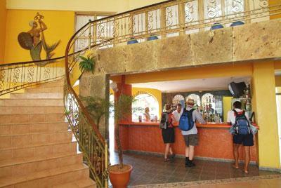 Recepción del hotel Kawama