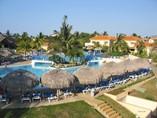 Pool of hotel Kawama