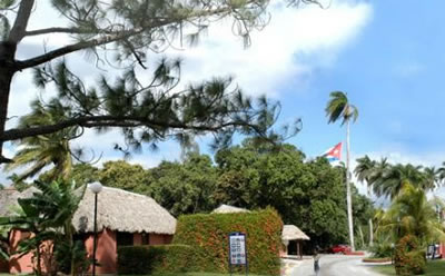 Hotel La Granjita Fachada