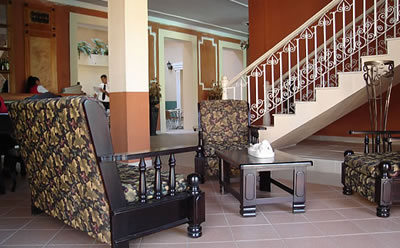 Hotel La Habanera Lobby