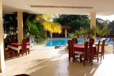 Hotel Las Americas Piscina