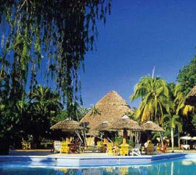 Santa Clara Los Caneyes Pool