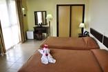 Hotel Los Jazmines Room