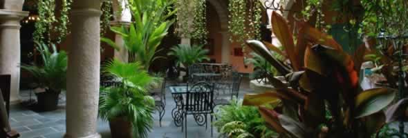 Interior del Hotel Marqués de Prado ameno, Habana