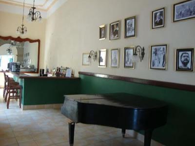 Hotel Mascotte Bar