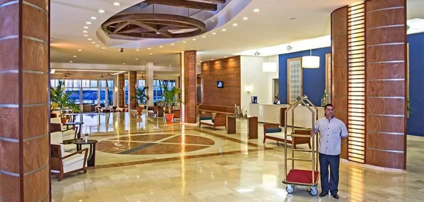 Hotel Melia Marina Varadero lobby