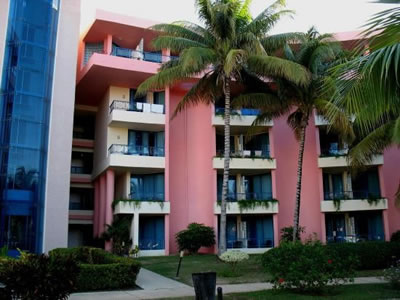 Vista del hotel Mercure Playa de Oro, Varadero