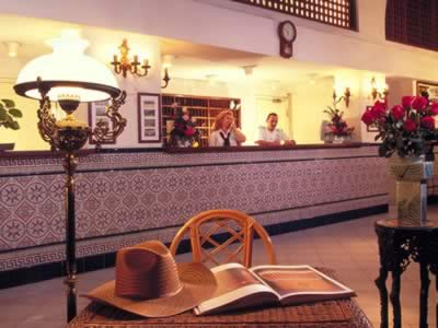 Reception of Hotel Mercure Sevilla