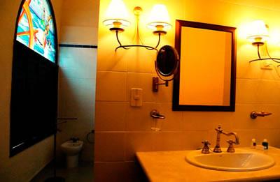 Hotel Meson De La Flota Bathroom