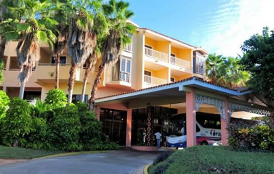 Fachada  del Hotel Naviti Varadero Resort