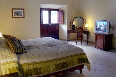 Habitación del Hotel Palacio O' Farril, Cuba