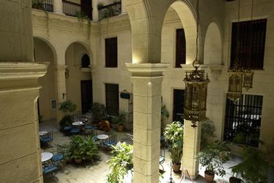 Patio Interior del Hotel Palacio O' Farril, Cuba