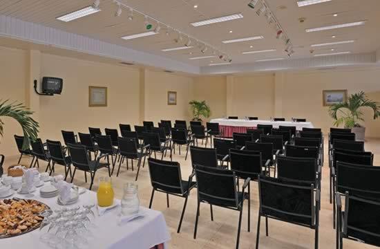 Paradisus Rio de Oro Resort & Spa - Salón Reunion
