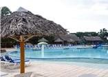 Pool of hotel Pasacaballo