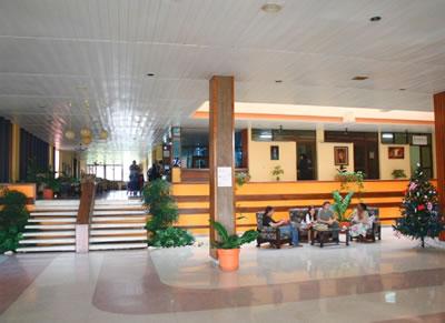 Lobby del hotel Pernik