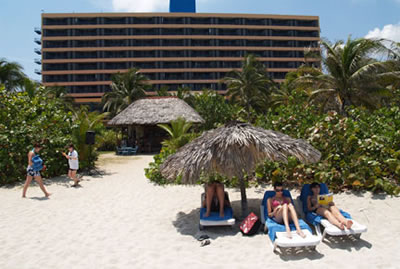 Hotel Playa Caleta Beach