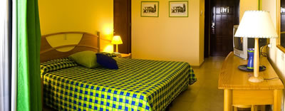 Hotel Playa Caleta Habitacion