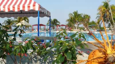 Hotel Playa Giron Pool