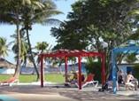 Piscina del Hotel Playa Larga