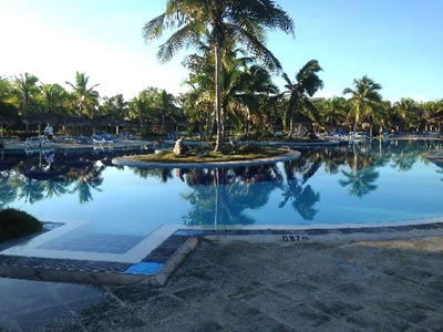 Hotel Playa Pesquero Pool