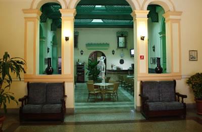 Hotel Plaza Lobby