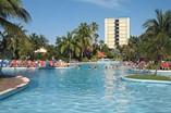 Piscina del Hotel Puntarena