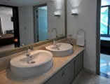 Hotel Terral Bathroom